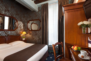 12hotel-paris-saint-paul-le-marais