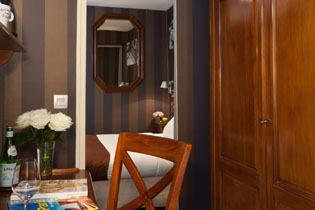 14hotel-paris-saint-paul-le-marais