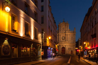 15hotel-paris-saint-paul-le-marais