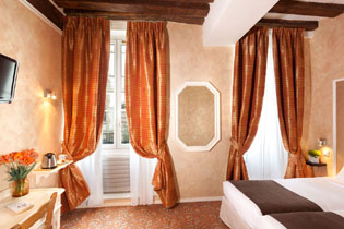 20hotel-paris-saint-paul-le-marais