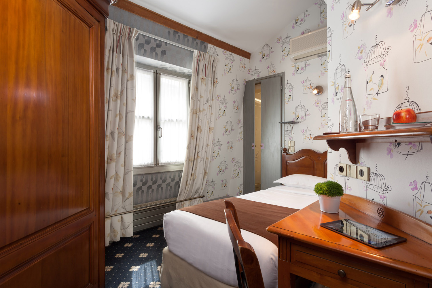 28-hotel-paris-saint-paul-le-marais